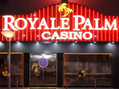 Royale Palms Casino